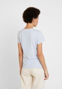 Tommy Hilfiger - T-shirts - breezy blue - 2