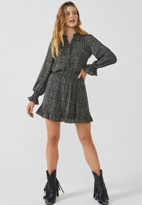 Aaiko - COLBY MINIMAL PES 564 - Button-down blouse - black dessin - 1