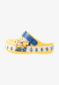 Crocs - MINIONS MULTI RELAXED FIT - Pool slides - yellow - 1