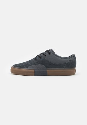 MAHALO PLUS - Skateboardové boty - dark shadow