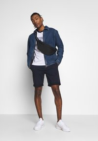 BY GARMENT MAKERS - Shorts - navy blazer - 1