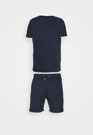 AIM TWINSET - Shorts - navy