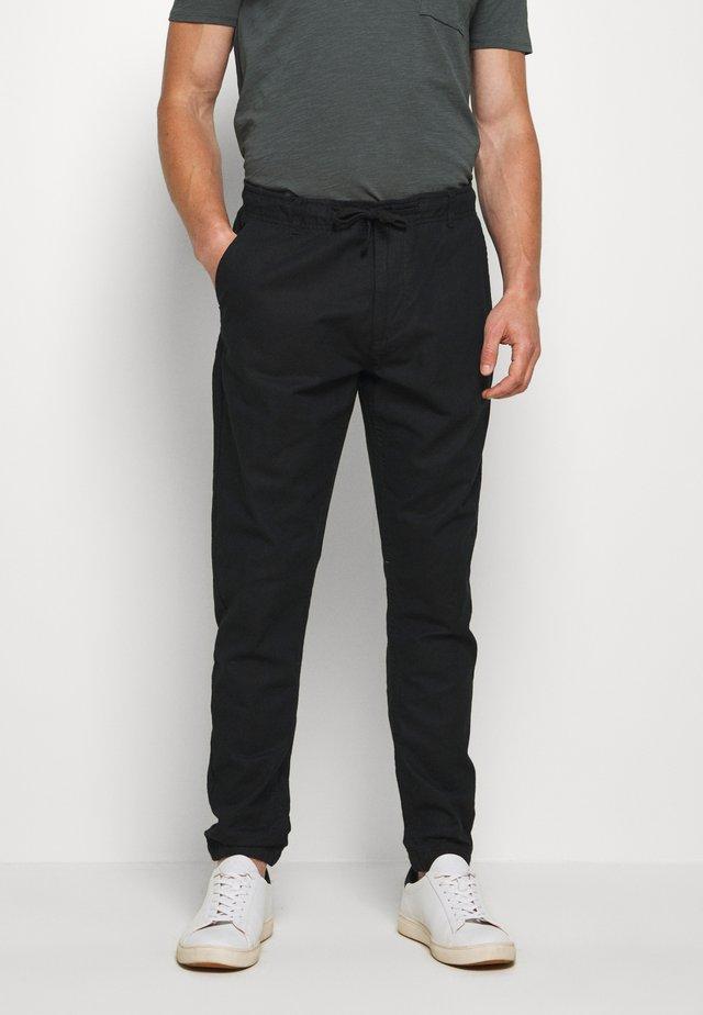 VIBORG - Pantaloni - black