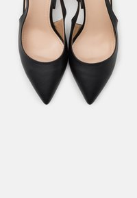 RAID Wide Fit - WIDE FIT JASMINE - Klassiske pumps - black - 5