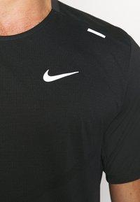 Nike Performance - RISE - Printtipaita - black - 4