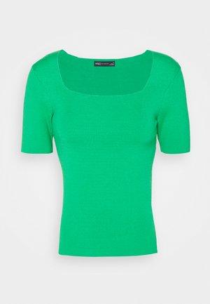 SQUARE NECK - T-shirt basique - green