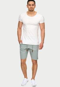 INDICODE JEANS - CARVER - Denim shorts - grey - 1
