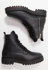 Nubikk - LOGAN HARBOR - Lace-up ankle boots - black - 1