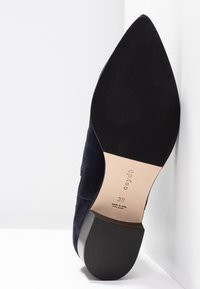 Aeyde - LOU - Classic ankle boots - navy - 6