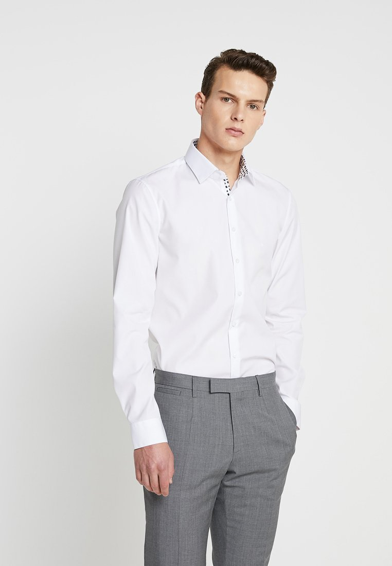 Calvin Klein Tailored - CONTRAST EASY IRON SLIM  - Formal shirt - white