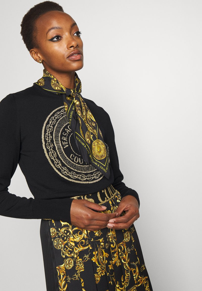 Versace Jeans Couture - REGALIA BAROQUE SCARF UNISEX - Skjerf - nero