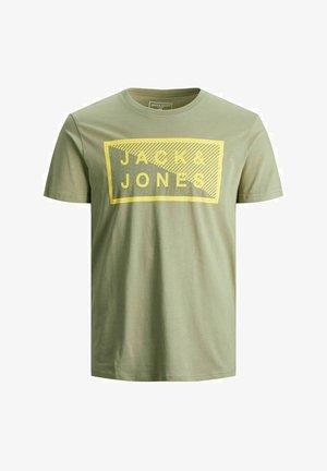 JCOSHAWN - Print T-shirt - oil green