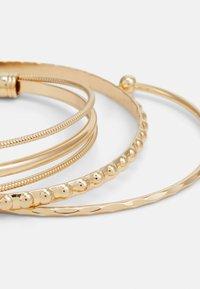 Pieces - PCBINNIE BRACELET 3 PACK - Bracelet - gold-coloured - 2