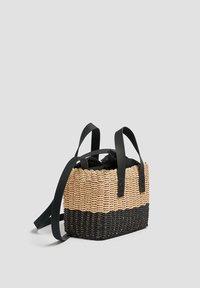 PULL&BEAR - ZWEIFARBIGE  - Handbag - black - 2