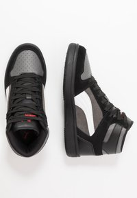Puma - REBOUND LAYUP UNISEX - Korkeavartiset tennarit - black/castlerock/white/high risk red - 1