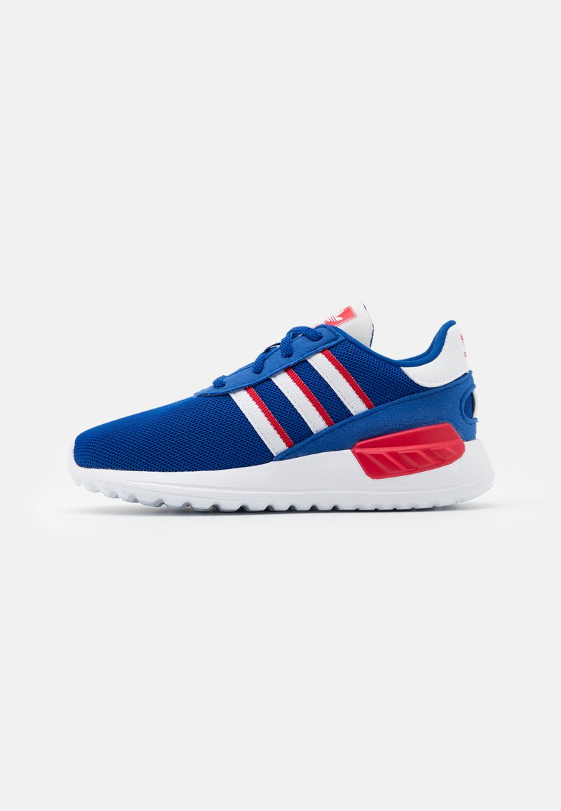 adidas Originals - LA TRAINER LITE SHOES - Trainers - team royal blue/footwear white/scarlet