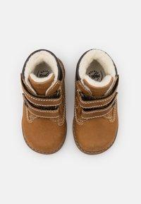 Primigi - WARM LINING UNISEX - Kotníkové boty - senape - 3