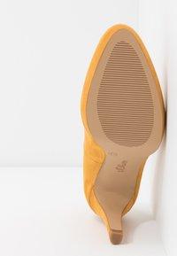 s.Oliver - Hoge hakken - saffron - 6