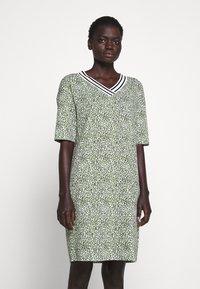 Marc Cain - Jersey dress - gelb - 0
