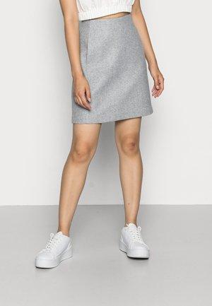 VMFORTUNALLISON SHORT SKIRT - Mini skirt - light grey melange