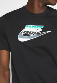 Nike Sportswear - TEE BRANDMARK - Triko spotiskem - black - 5