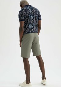 DeFacto - Shorts - khaki - 2
