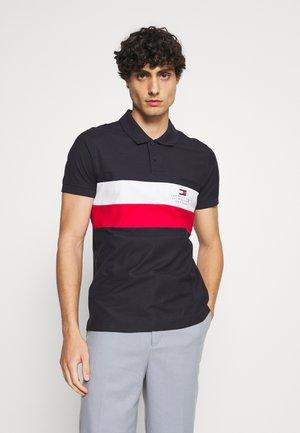 CHEST STRIPE  - Polo shirt - desert sky