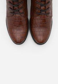 Caprice - BOOTS - Šněrovací kotníkové boty - cognac - 5
