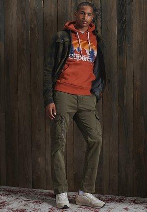SUPERDRY CORE LOGO WILDERNESS HOODIE - Sweatshirt - sierra orange marl