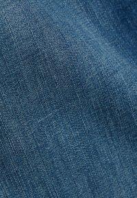 Esprit - Jeans slim fit - blue medium washed - 7