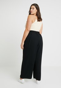 Dorothy Perkins Curve - BUTTON PALAZZO TROUSER - Bukser - black - 2