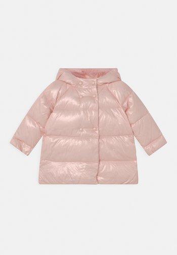 Down coat - pink