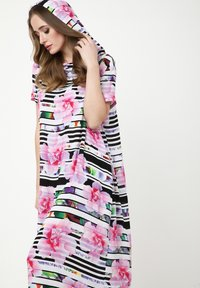 Madam-T - ADELINARA - Maxi dress - weiß rosa - 5