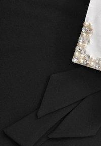 Yoek - MIT BAND-DETAIL - Day dress - black - 3