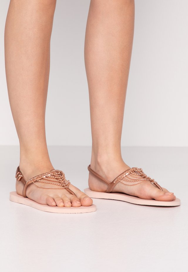 FREEDOM CHAINS - Sandalias de dedo - rose