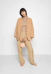 Nly by Nelly - PRIME ROLLNECK - Svetr - beige - 1