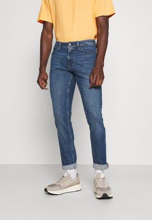 PIERS  - Slim fit jeans - super stone blue denim