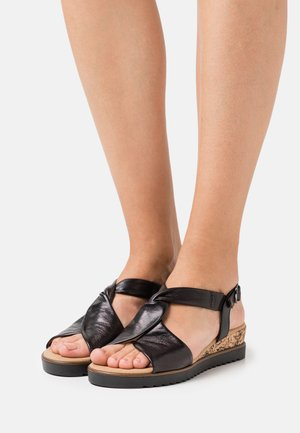 Wedge sandals - schwarz