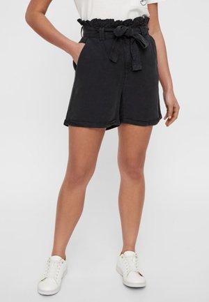 NMENDI BELTED - Shorts - black