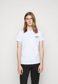 Iceberg - Print T-shirt - bianco ottico - 0