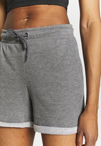 ONLY Play - ONPARETHA JAZZ  - Sports shorts - medium grey melange/dark grey - 4