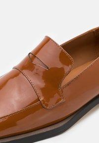 MIISTA - PECAN - Nazouvací boty - brown - 4