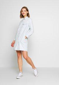 Levi's® - SELMA DRESS - Robe chemise - faint hearted - 1