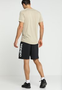 adidas Performance - CHELSEA ESSENTIALS PRIMEGREEN SPORT SHORTS - Krótkie spodenki sportowe - black/white - 2