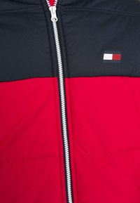 Tommy Hilfiger - INSULATION JACKET - Training jacket - red - 2