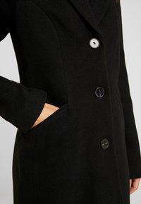 Vero Moda Petite - VMCALA CINDY JACKET - Zimní kabát - black - 5