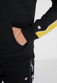 Champion - HOODED  - Bluza z kapturem - black - 3