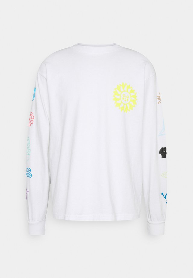 PEACE JUSTICE EQUALITY - Longsleeve - white