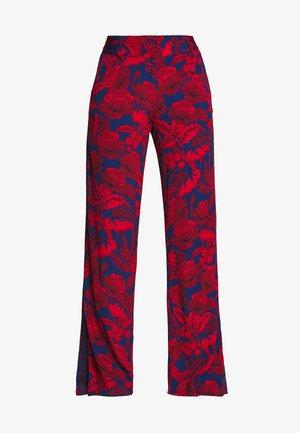 ERITREA - Pantalones - red/blue