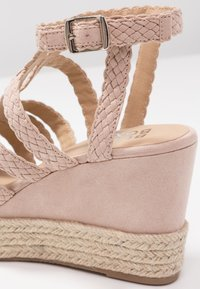 Bullboxer - High heeled sandals - nude - 2